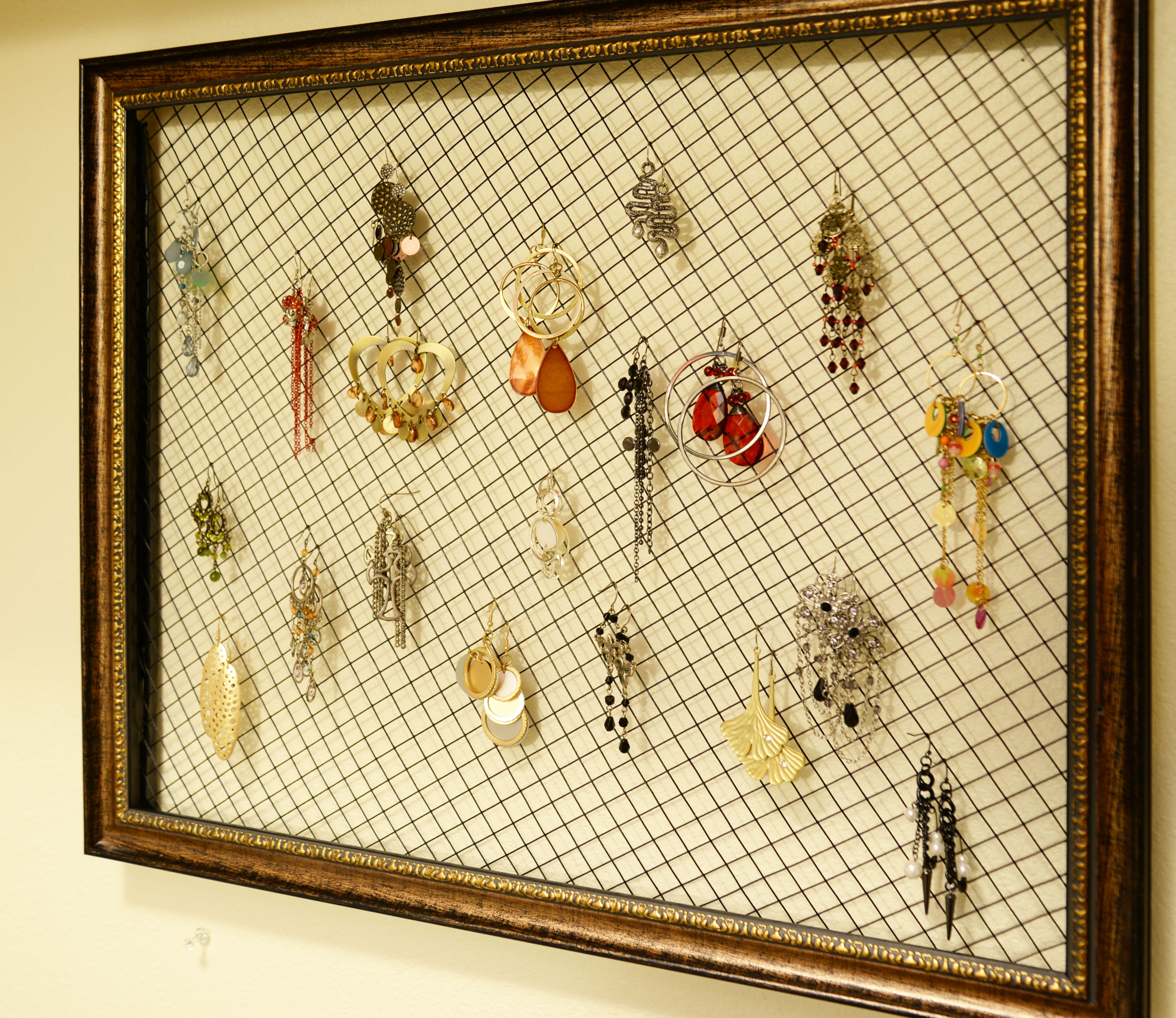tiny closet – DIY picture frame earrings organizer – justannelife